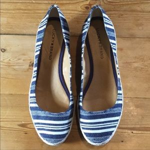 Lucky Brand Navy Blue & White Striped Canvase Shoe